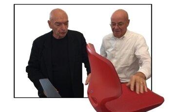 Stühle in der Schule