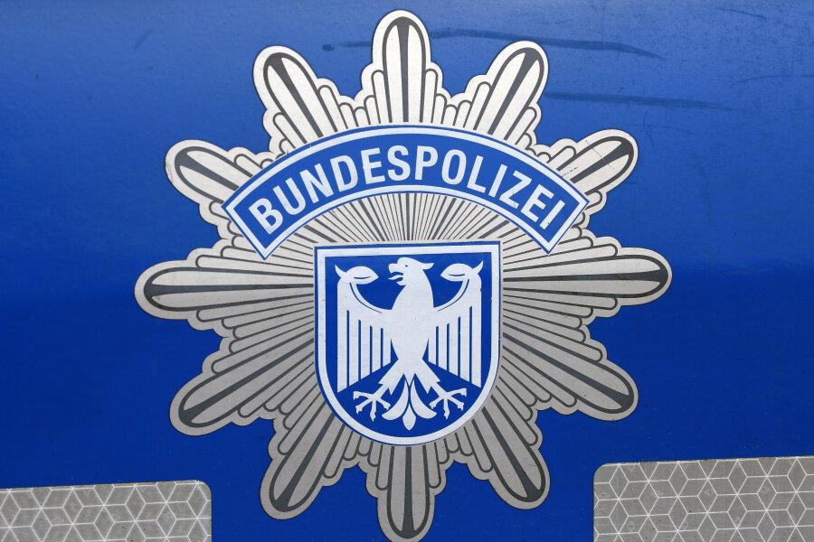 Reitzenhain: Bundespolizei ermittelt wegen illegaler Einreise