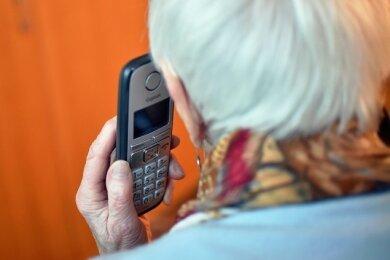 Die Polizeidirektion Zwickau warnt vor einer neuen Betrugsmasche per Telefon.