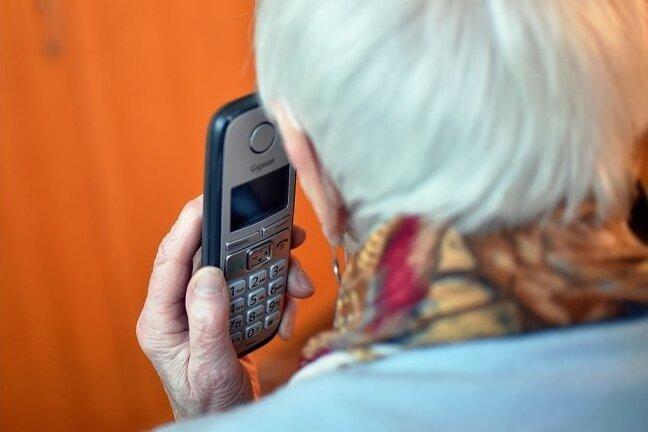 Erneut riefen Betrüger unter falschem Vorwand vornehmlich Rentner an.