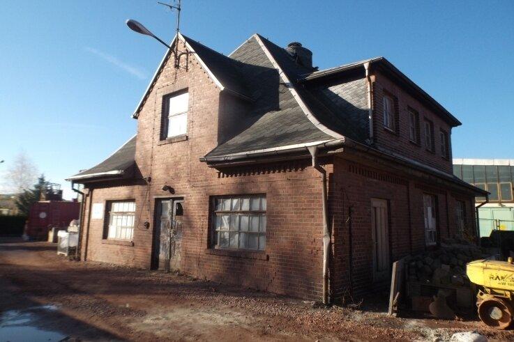 Das sogenannte Gebäude 15, Baujahr 1915, soll erhalten und niederschwellig, also mit geringem Aufwand, saniert werden.