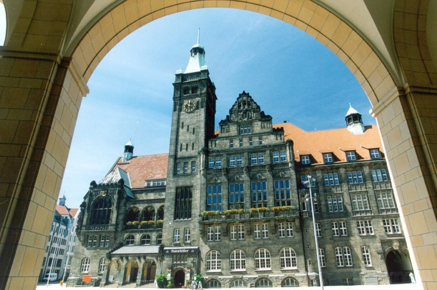 Sturmböen: Chemnitz macht Jahrmarkt und Tierpark dicht