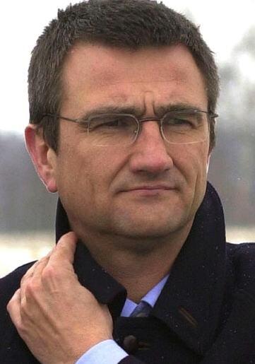 """<p class=""""artikelinhalt"""">Vorstandschef Arthur Scholz von der Sparkasse Vogtland war scharf auf den riskanten Ormand Quay.</p>"""