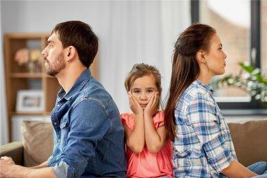 Kinder leiden am meisten darunter, wenn sich die Eltern nicht mehr verstehen. Oft sorgt auch die Unterhaltspflicht für Streit.