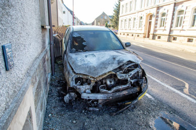 Ein Opel ist in Crottendorf ausgebrannt.