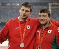 Wadim Dewjatowski und Iwan Tichon verlieren ihre Medaillen