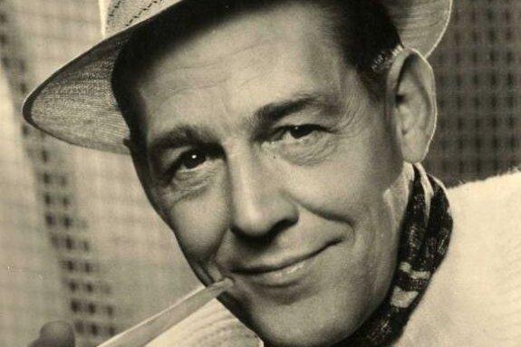 Herbert Köfer in einer Aufnahme von 1962: Bereits damals war er nicht mehr ganz jung und zählte zu den meistbeschäftigten und beliebtesten TV-Gesichtern des Deutschen Fernsehfunks. Das spätere DDR-Fernsehen gibt es schon mehrere Jahrzehnte nicht mehr. Herbert Köfer ist aber immer noch zu sehen und seine Popularität ist eher noch gewachsen.