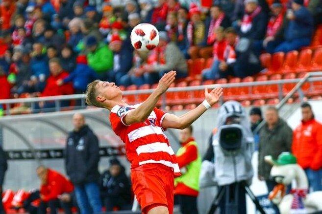 Lion Lauberbach wechselt zu Holstein Kiel