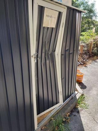 Der Geräteschuppen im Zietenpark wurde beschädigt.