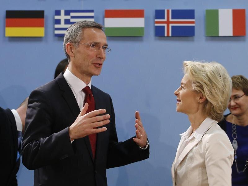Generalsekretär Stoltenberg und Verteigungsministerin von der Leyen