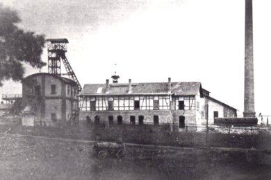 Das Steinkohlenwerk Kaestner am Fuchsgraben verfügte über zwei Schächte. Dabei handelte es sich zum einen um den Ferdinandschacht und den Ernst-Kurt-Schacht. Sie wurden beide im Jahr 1903 geteuft.