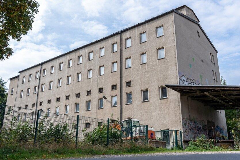 Die Industriebrache an der Beegerstraße 2 in Auerbach: Bald entsteht hier ein neues Familien- und Vereinszentrum.