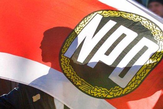 Orte gehen gegen NPD-Hetzplakate vor