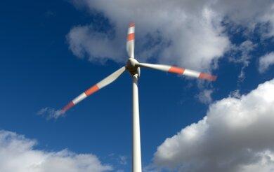 Sachsen will Braunkohle durch Strom aus Wind und Sonne ersetzen. Bislang ist man von diesem Ziel noch weit entfernt.