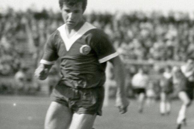 Gotthard Zölfl in Aktion. Das Foto entstand während eines Junioren-Länderspiels im Jahr 1969.