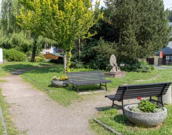 Die kleine Parkanlage an der Färberstraße in Thum wird verschwinden. Die Stadt verkauft die Fläche an einen Gewerbetreibenden aus der unmittelbaren Nachbarschaft.