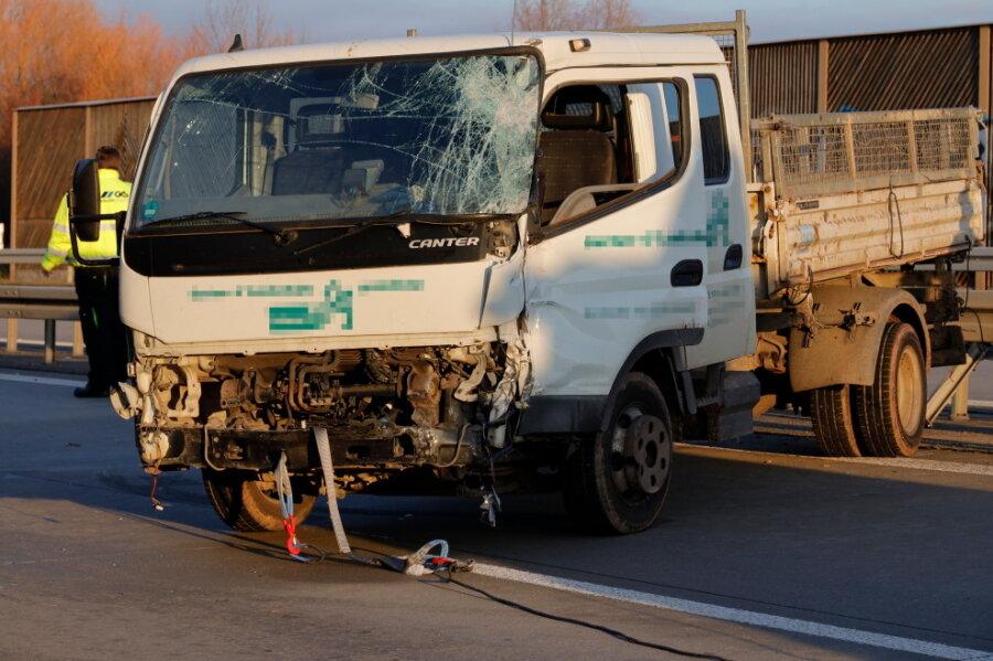 Auffahrunfall sorgt für Behinderungen auf der A72