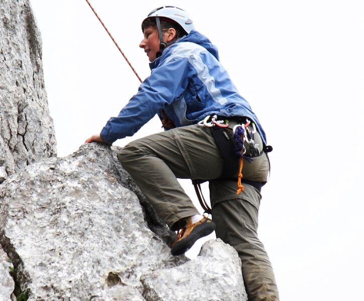 Blinde Bergsteiger erklettern den Gipfel