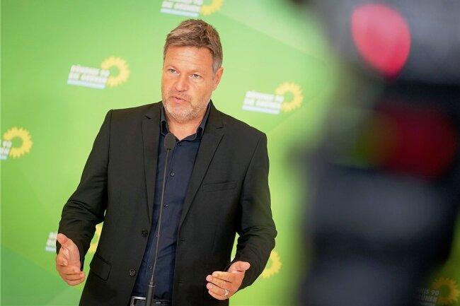 Robert Habeck, Bundesvorsitzender der Grünen, dementiert nicht, dass er und nicht seine Co-Chefin in einer künftigen Regierung den Vizekanzlerposten besetzen könnte.