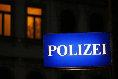 Unbekannte sind am Wochenende in mehrere Kindertagesstätten in Chemnitz, Oelsnitz im Ergebirgskreis und Lugau eingebrochen.