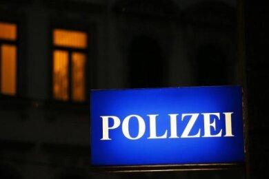 Am Mittwochvormittag ist auf der S 300 bei Beerheide ein Überholmanöver missglückt. Dabei entstand laut Polizei gut 31.000 Euro Sachschaden.