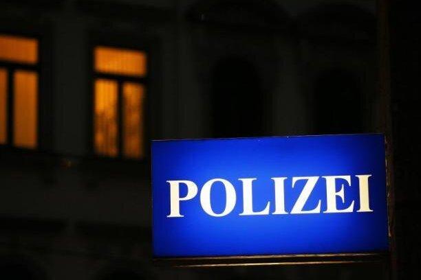22-Jähriger am Zwickauer Hauptbahnhof bedroht und ausgeraubt