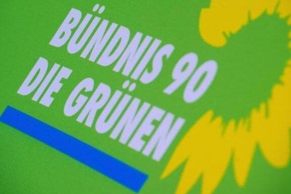 """OVG Sachsen: """"Hängt die Grünen!""""-Plakate müssen abgehängt werden"""
