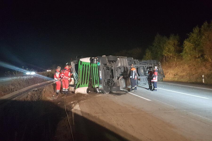 Autobahn 4 nach Lkw-Unfall wieder frei