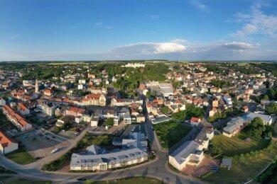 Werdau zählt nach Angaben des Statistischen Landesamtes 20.695 Einwohner und ist damit nach Zwickau, Limbach-Oberfrohna und Glauchau die viertgrößte Stadt im Landkreis.