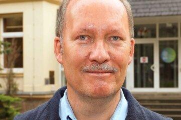 Uwe Dittberner hört als Schulleiter in Neukirchen auf.
