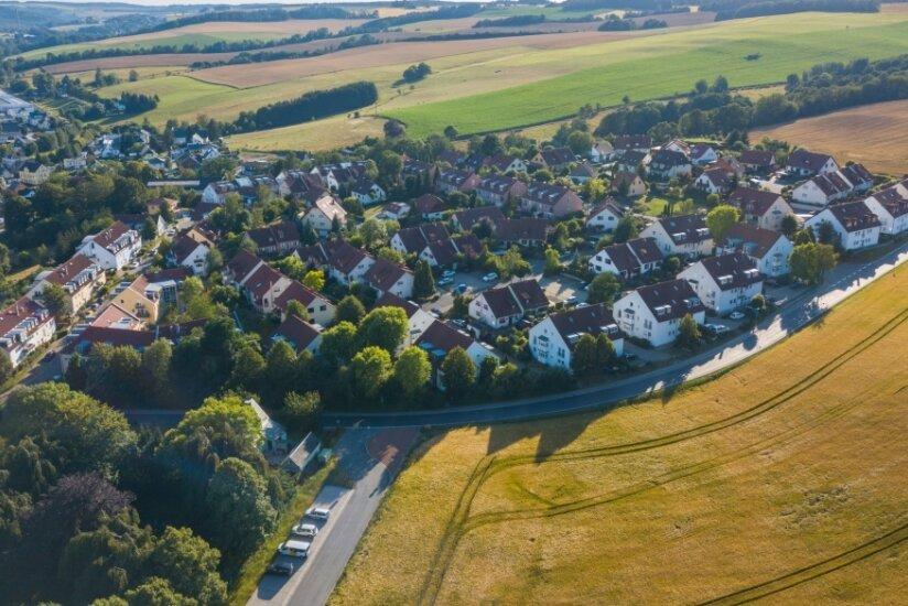 Die Vogel-Siedlung in Burkhardtsdorf: Ein Überweg über die Adorfer Straße wird gewünscht.
