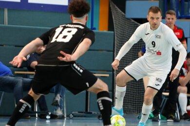 Für VfL-Altmeister Michal Salak (rechts) wird die Deutsche Meisterschaft das letzte große Turnier als Spielertrainer. Danach will er Hohenstein-Ernstthal als Trainer in der neuen Futsal-Bundesliga etablieren.