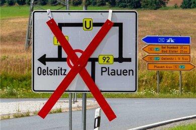 Noch verdecken die Schilder die Vollsperrung, aber ab Montag wird es ernst: Dann ist die B 92 zwischen Plauen und Oelsnitz dicht.