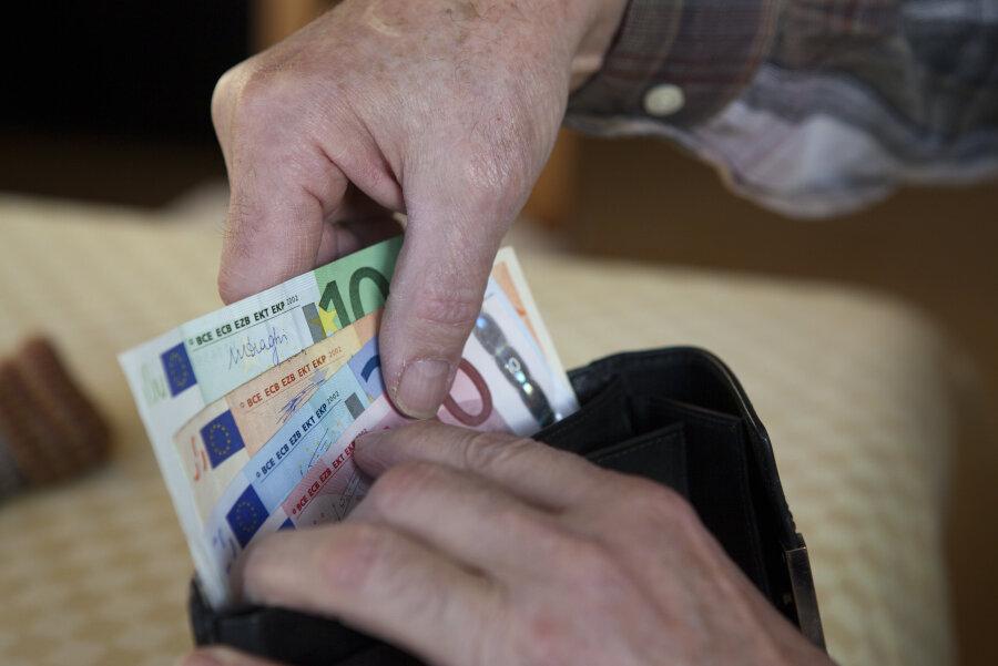 Hochschul-Lehrer: Hunderte Euro weniger Rente als politisch belastete Vorgänger