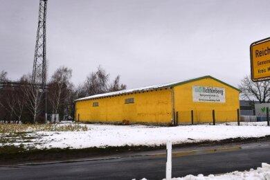 Seit Jahresanfang wird über den Neubau einer Halle der Agrargenossenschaft Grünlichtenberg auf deren Gelände in Reichenbach diskutiert. Nun hat der Kriebsteiner Gemeinderat zugestimmt.