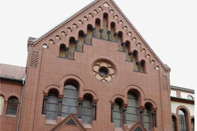 An der Berliner Synagoge an der Rykestraße hatte der Wachpolizist Frank G. im Mai 2000 Uwe Mundlos, Beate Zschäpe und weitere Helfer bei etwas beobachtet, das er später als Versuche beschrieb, einen Tatort auszuspähen.