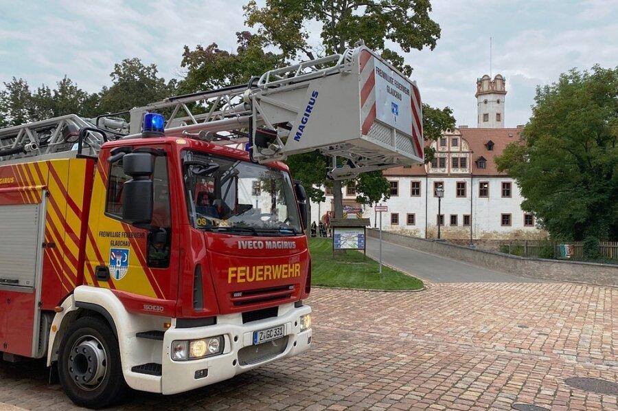Die Glauchauer Feuerwehr war wegen eines Fehlalarms zum Schloss gerufen worden.