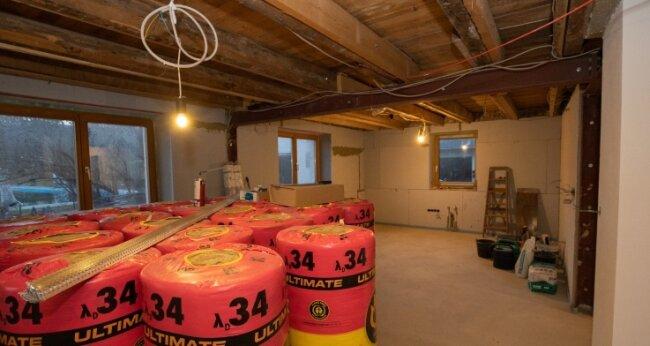 Die Bauarbeiten im Untergeschoss sind noch im Gang. Sie werden noch einige Zeit in Anspruch nehmen.