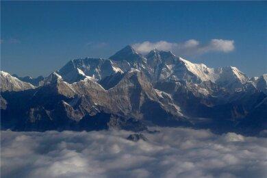 Blick auf den jetzt höheren Mount Everest