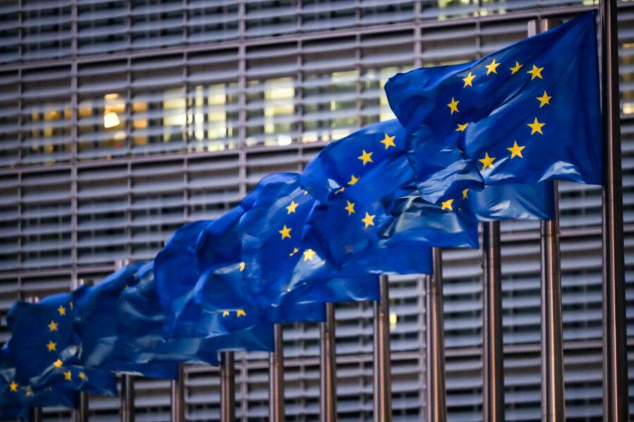 Neues Buch von Ferdinand von Schirach: Europa auf dem Bierdeckel
