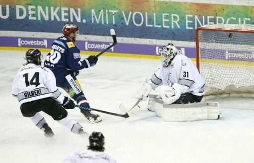 Play-off-Halbfinale: Berlin gewinnt gegen Nürnberg 4:3