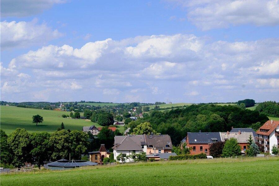 Vom Jakobsweg aus ergibt sich dieser Blick Richtung Waldkirchen. Foto: Silvia Kölbel