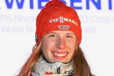 Die 18-jährige Kombiniererin Jenny Nowak feierte im Vorwinter in Oberwiesenthal als Junioren-Weltmeisterin ihren größten Erfolg.