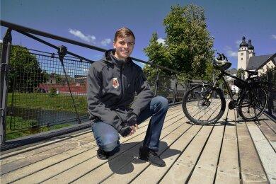 Mika Grünler aus Plauen geht am heutigen Montag wieder mit dem Fahrrad auf Tour.