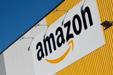 Bürgermeister Thomas Firmenich (CDU) rechnet mit einer Baugenehmigung für das Amazon-Verteilzentrum im Industriegebiet Dittersbach nicht vor Februar 2021.