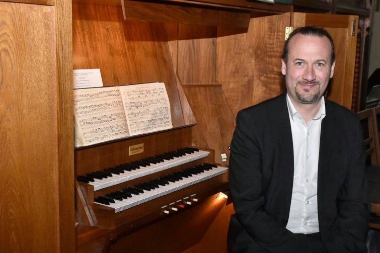 Frauenkirchenkantor eröffnet Kirchenmusikreihe in Bad Elster