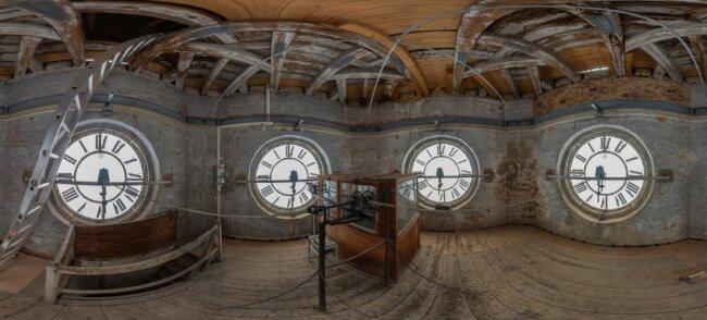 Interessante Bilder wie das aus dem Uhrenraum des Rathausturms sind beim virtuellen Rundgang durch das Falkensteiner Rathaus zu sehen.