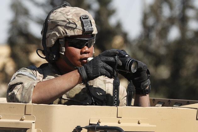 LKW rammt US-Konvoi: Zwei Militärangehörige verletzt