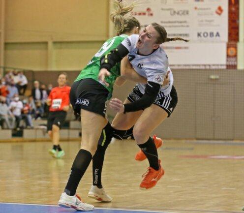 Der BSV Sachsen Zwickau um Spielführerin Isa-Sophia Rösike (rechts) musste am Samstag im Heimspiel gegen die körperbetonte und aggressive Deckung der Gäste aus Kirchhof einiges einstecken.