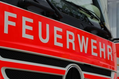 Ein in Zwickau-Cainsdorf gestohlener VW-Pritschenwagen ist am frühen Freitagmorgen in Wilkau-Haßlau ausgebrannt.